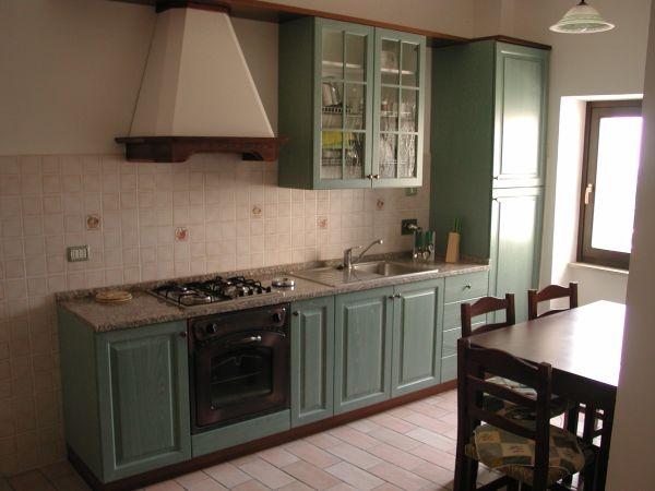Cucina Appartamento Verde2