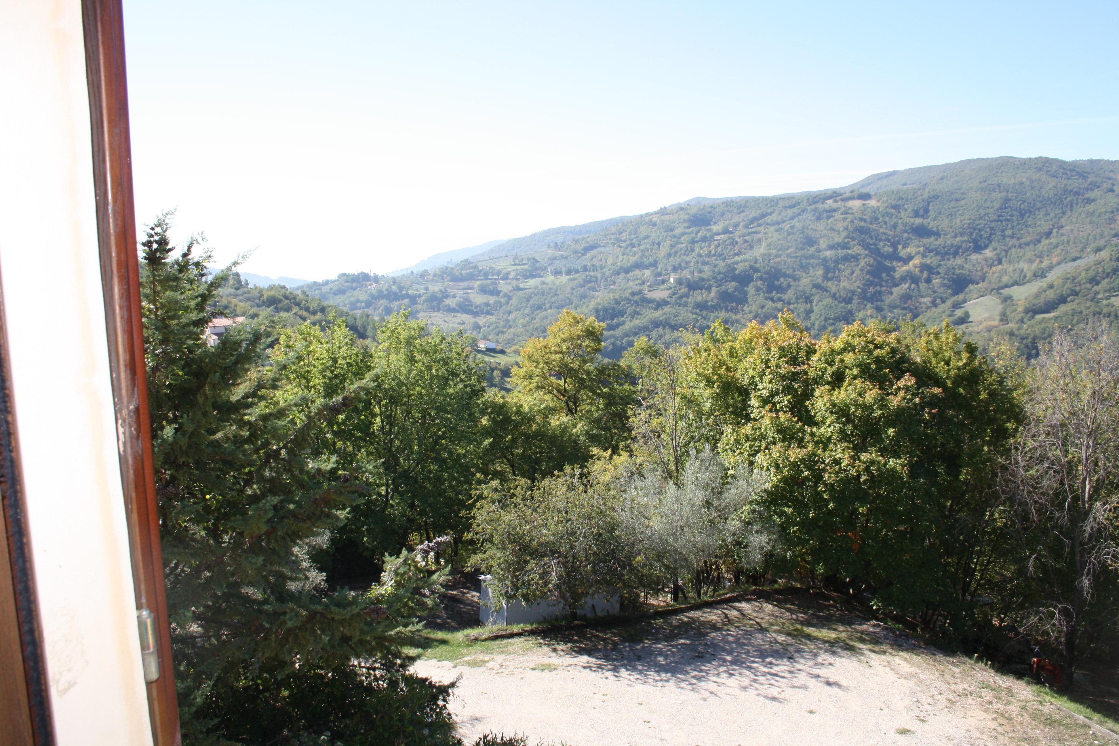 Vista panoramica dagli appartamenti dell'Agriturismo il Colle di Valtopina