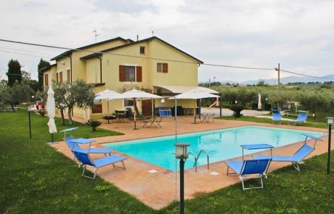 """Camere e Appartamenti """"Sulla Via del Sagrantino"""" – Montefalco."""