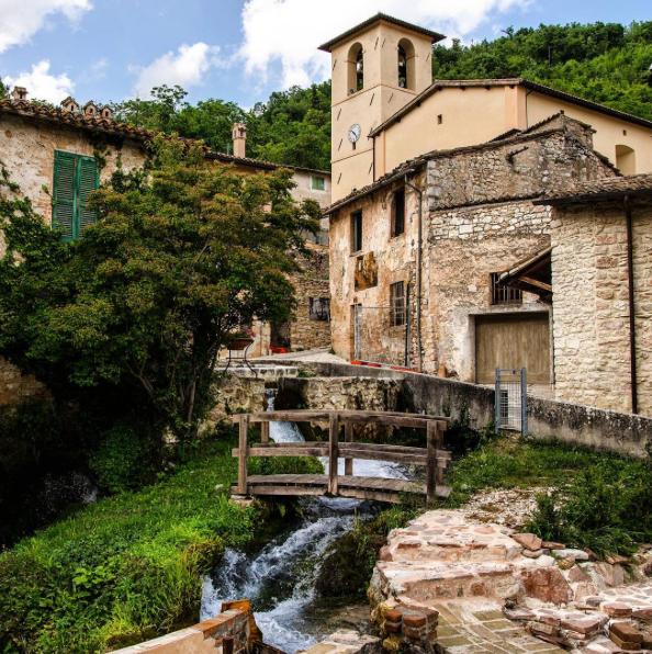 OFFERTA SETTEMBRE in Casa Vacanze la Piccola Venezia a Rasiglia, Umbria