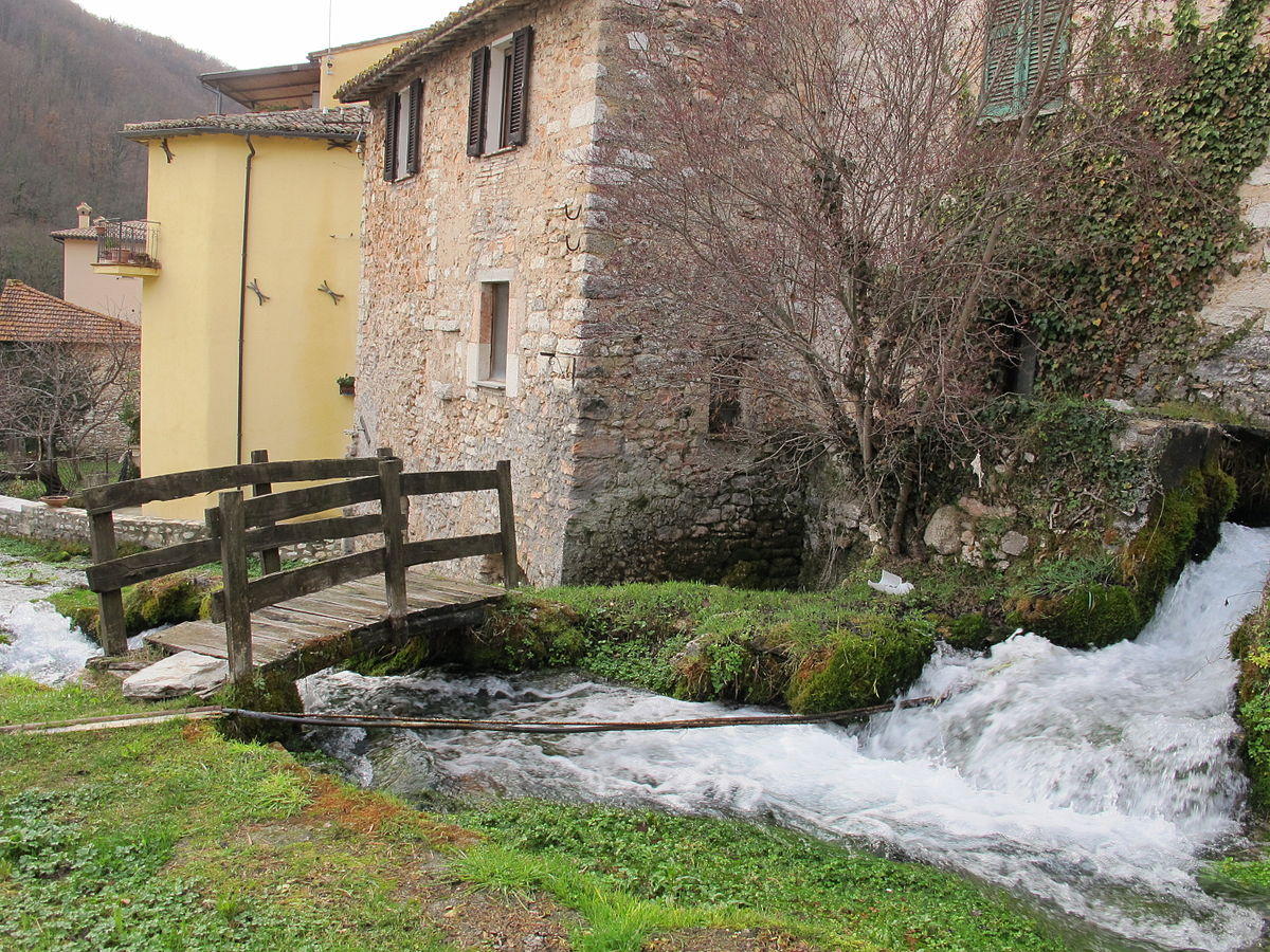 Capodanno in Umbria in Casale indipendente per 20 persone