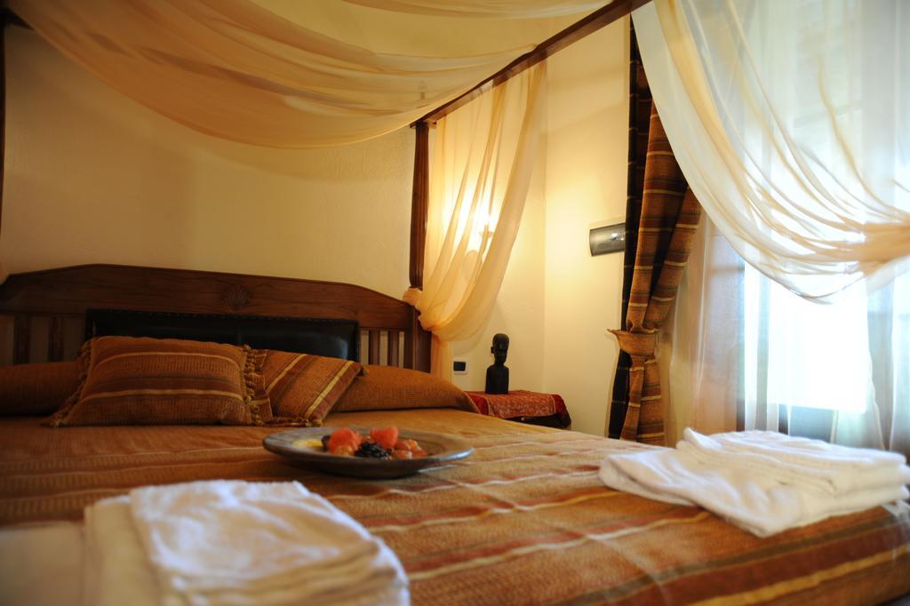 SAN VALENTINO in Suite con Camino e Cena Romantica al Lago Trasimeno