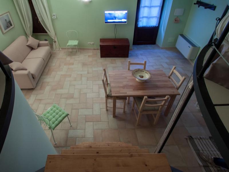PASQUA con Bambini in appartamento in centro a Bevagna, Umbria