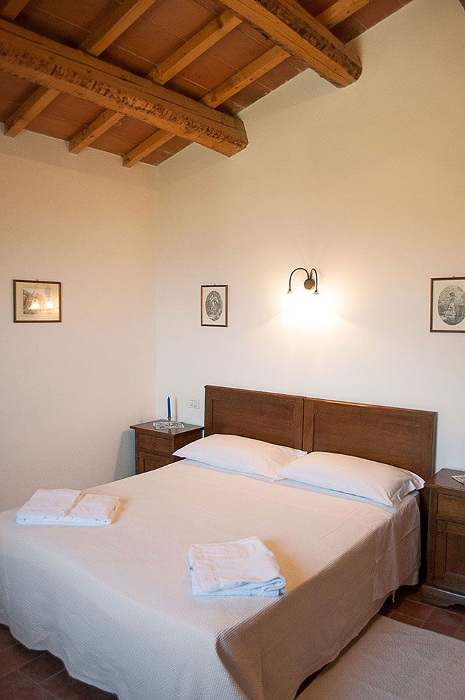 Camera Matrimoniale Rosa Tea vacanze in appartamento in Umbria