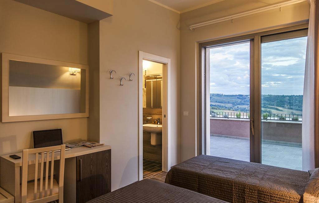 Camere per coppie o famiglie a Todi