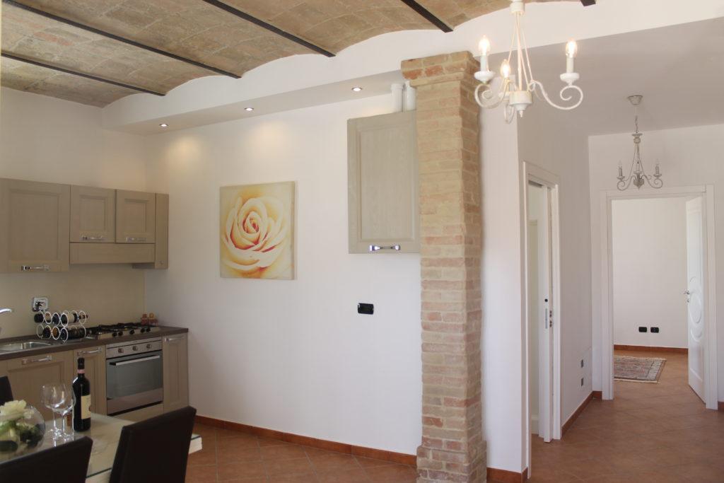 Rosa, Appartamento con cucina a Montefalco