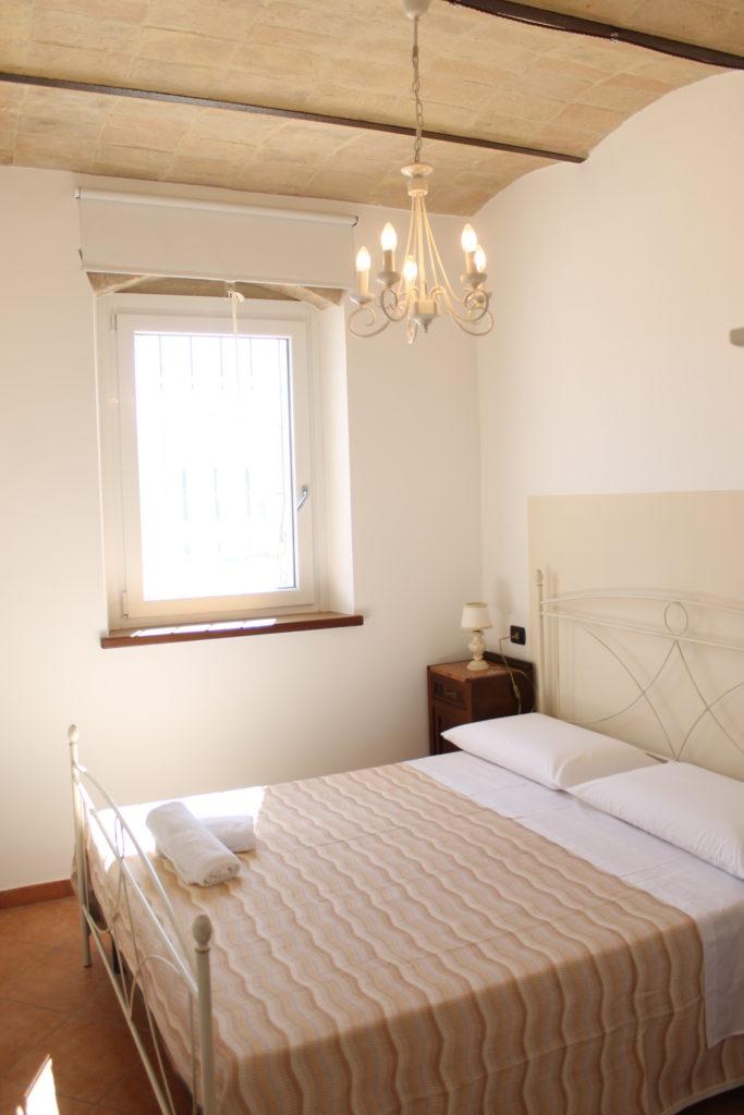 SAN VALENTINO in appartamento immerso nella campagna per una fuga romantica a Montefalco, Umbria