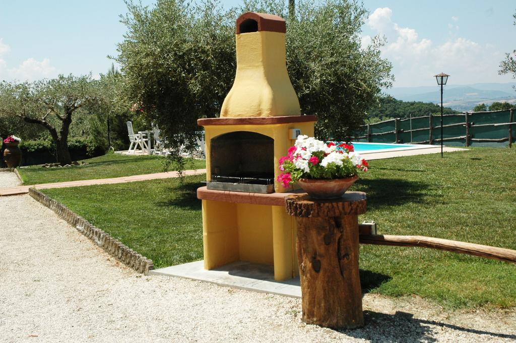 Ponte del 25 APRILE a Deruta in Agriturismo a basso costo con area barbecue