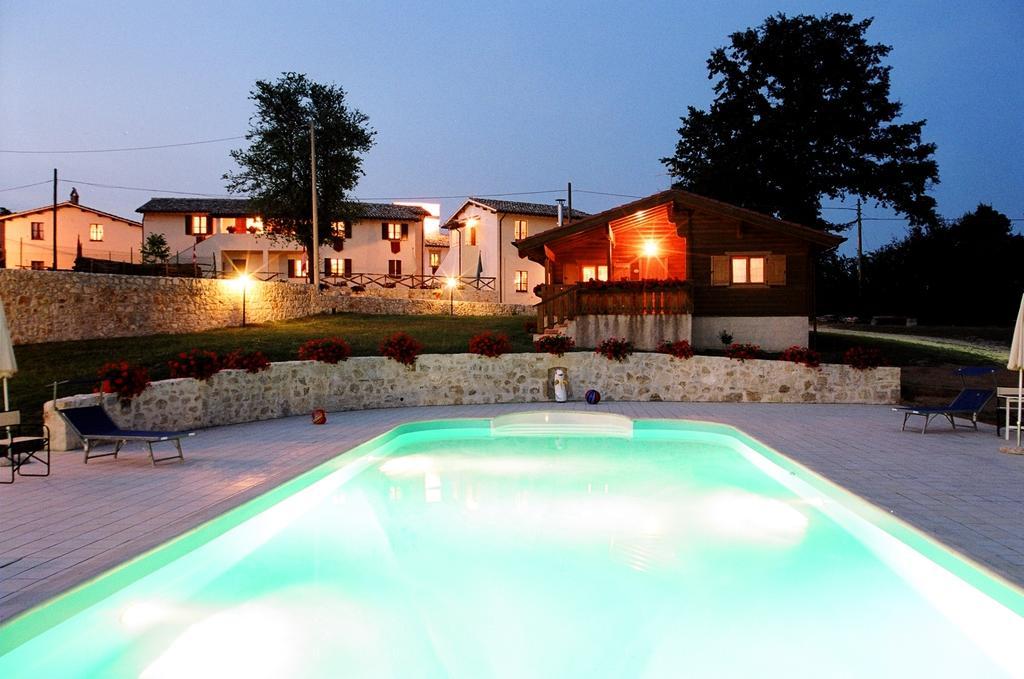 Agriturismo il raperonzolo appartamenti vacanza con - B b umbria con piscina ...