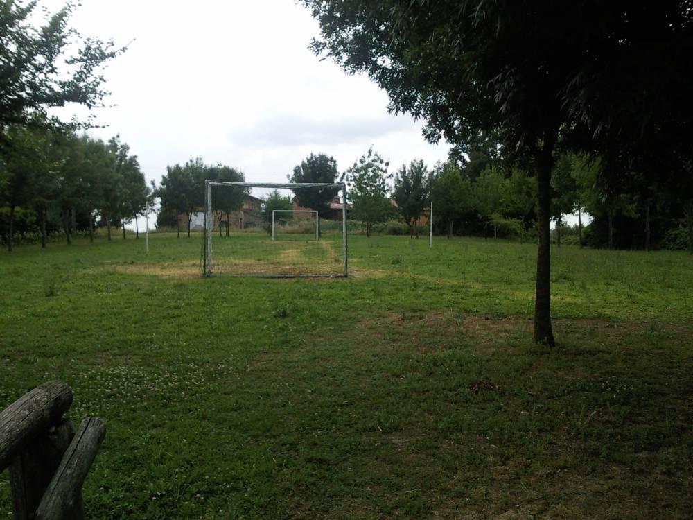 Agriturismo con campo da calcio a Castiglione del Lago