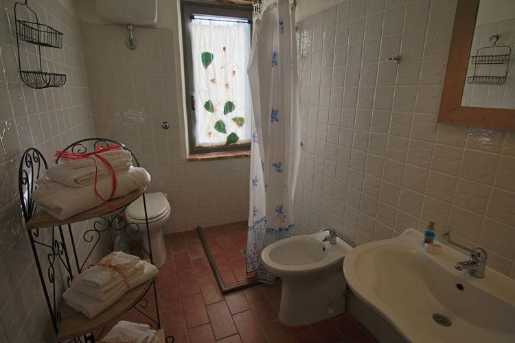 Camera con bagno per bambini al Lago Trasimeno