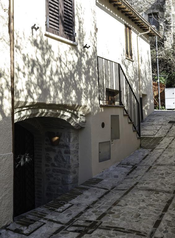 Speciale 25 APRILE in Casa Vacanze a Spello ideale per famiglie con bambini in Umbria