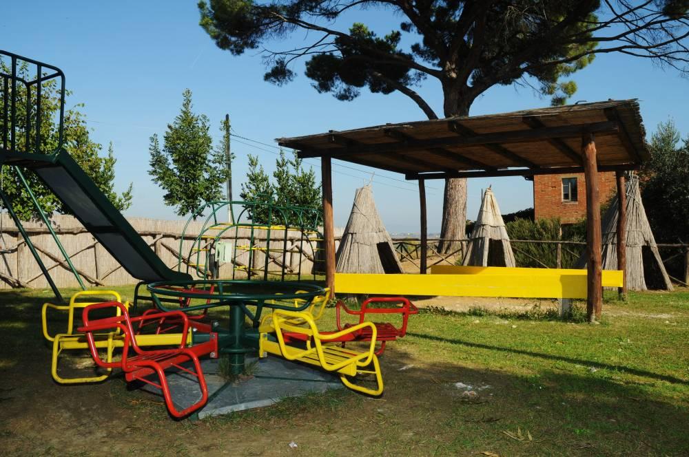 1 MAGGIO in Agriturismo al Lago Trasimeno con Baby Park coperto