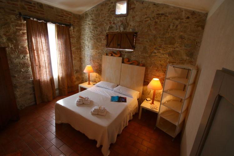 Soggiorno romantico in agriturismo a Castiglione del Lago - Umbria Bimbo