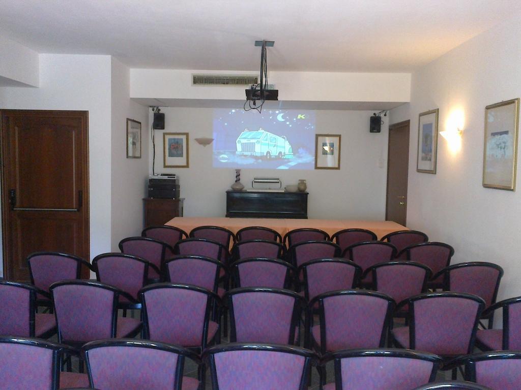 Hotel con sale conferenze vicino Perugia