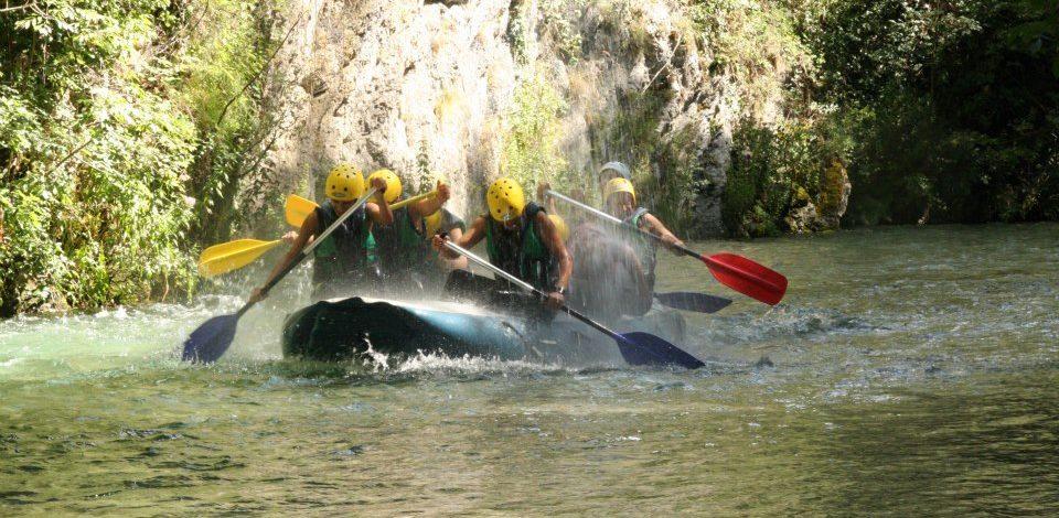 Rafting Umbria: Sport, Avventura e Natura in Valnerina