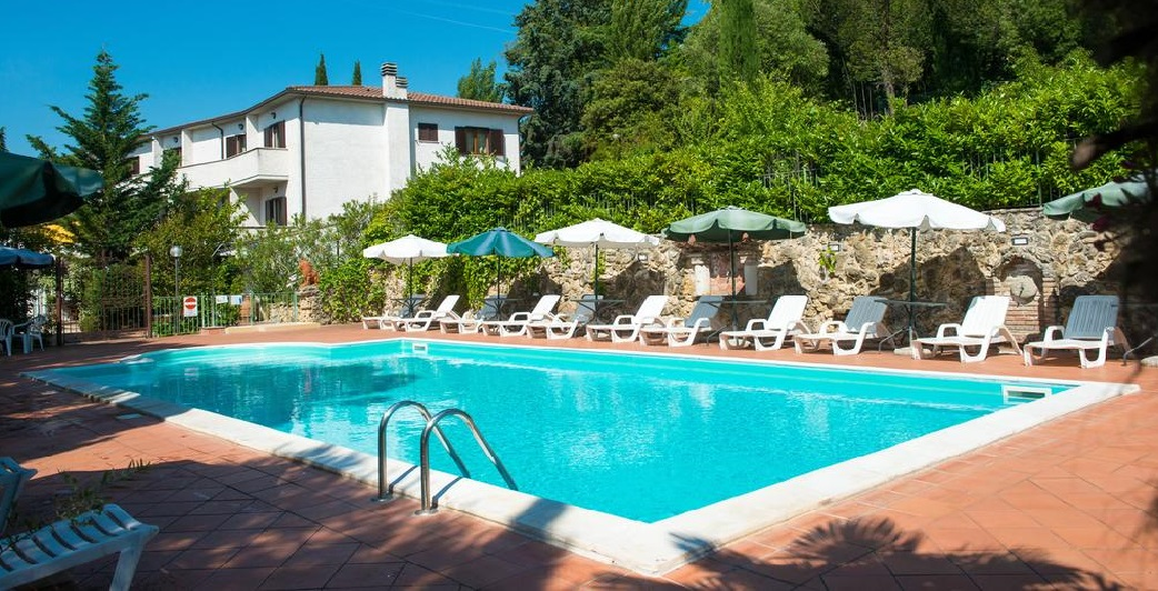 CAPODANNO in Hotel 3 stelle con Cenone e Veglione a Perugia