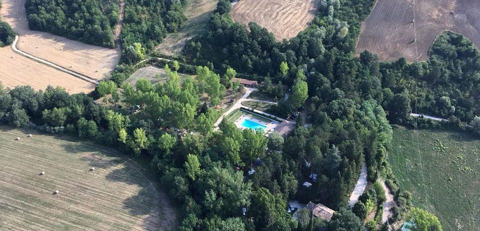 """Agriturismo con Fattoria Didattica """"Il Chiascio"""" nel Parco del Monte Cucco"""