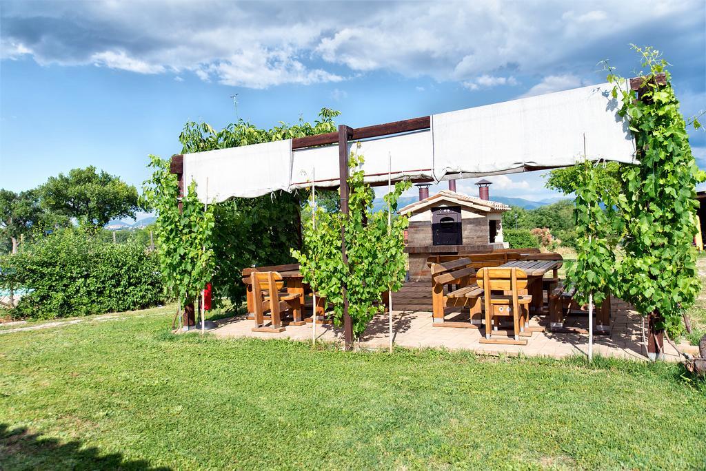 Agriturismo con area pic nic esterna a Giano dell'Umbria