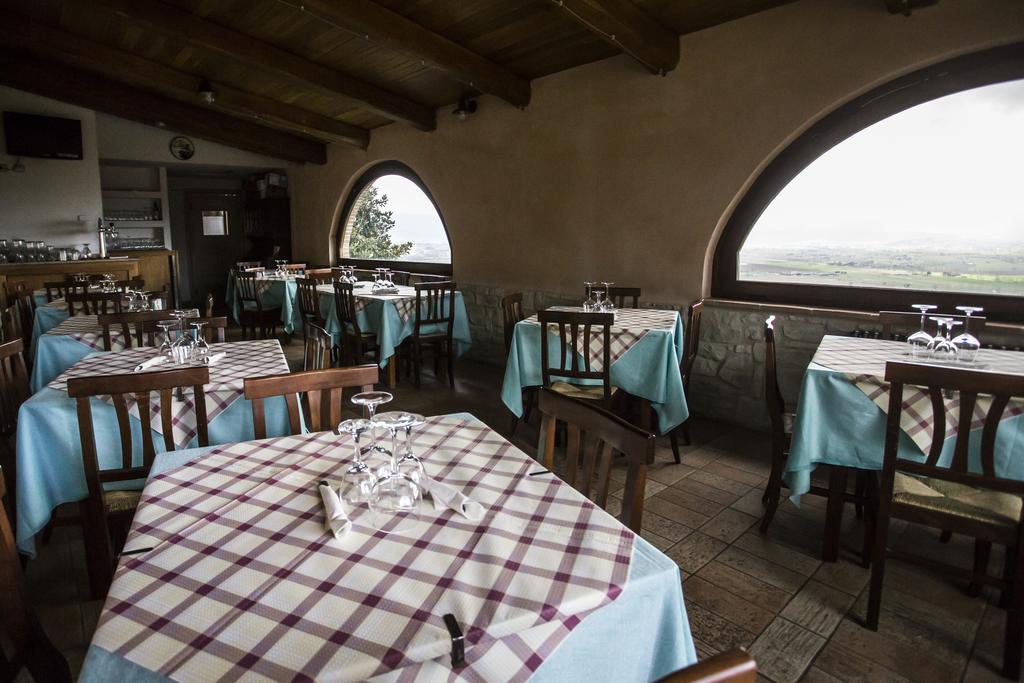 Agriturismo con ristorante tipico a Trevi