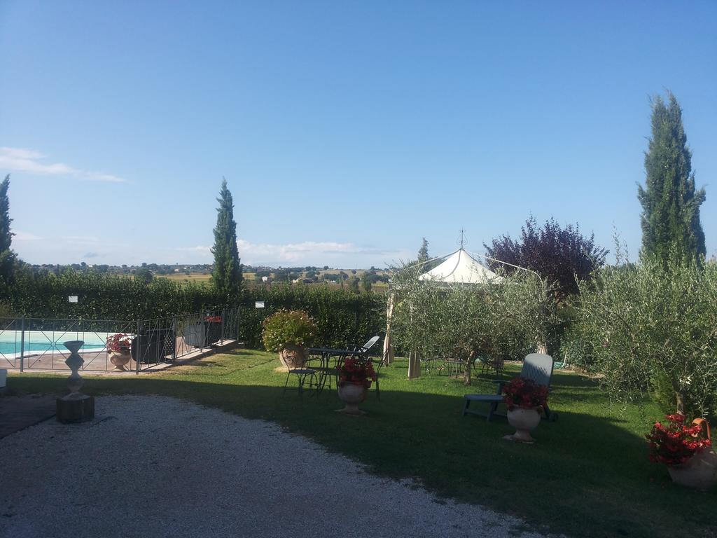 Ampio-parco-per-bambini-in-Casale-in-Umbria