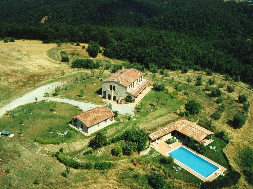 Appartamenti vacanza con piscina ideali per famiglie a Città della Pieve