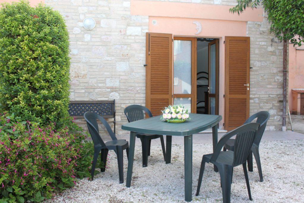 Appartamento-vacanza-Assisi-con-Giardino