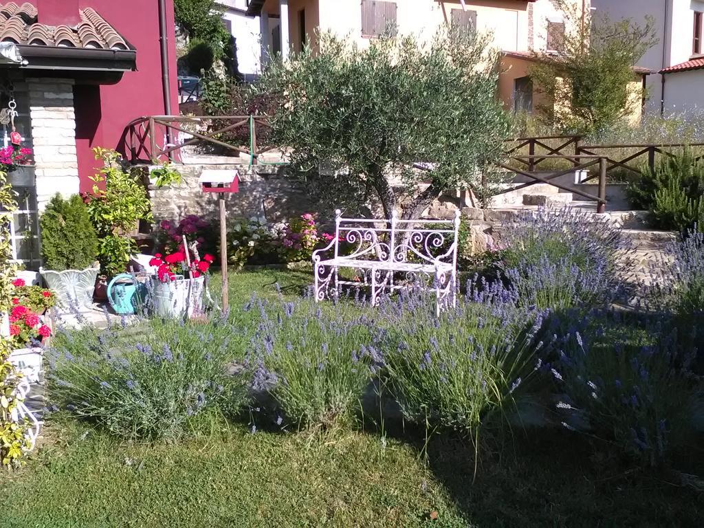 Camere con colazione in stile romantico in Umbria