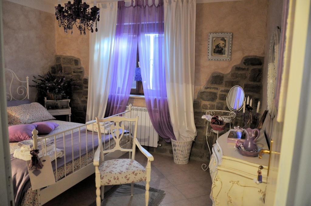 Camere romantiche per fughe d'amore in Umbria
