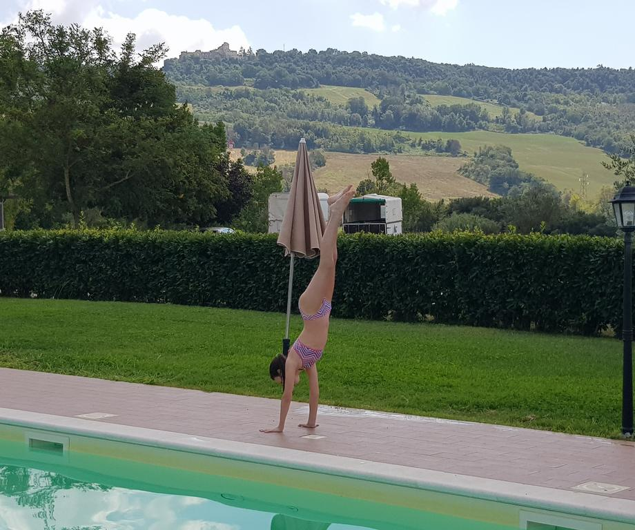 Agriturismo con piscina e fattoria didattica tra Umbria e Lazio