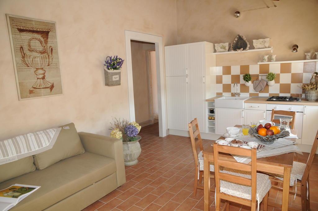 Appartamenti vacanza con fattoria didattica e piscina a Terni