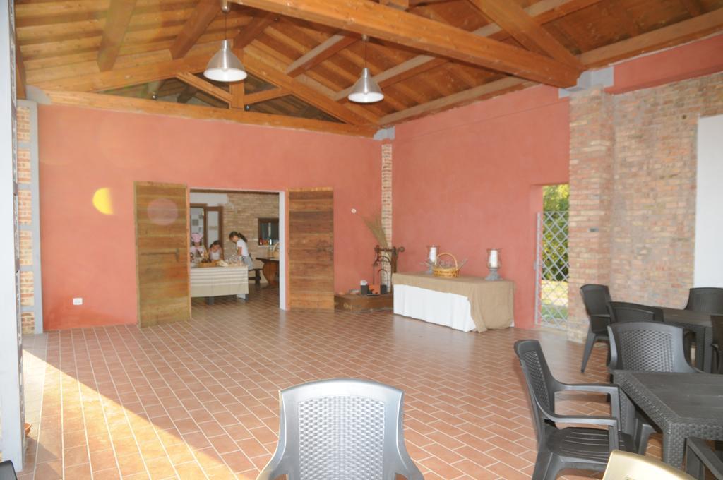 Vacanze per famiglie in agriturismo con fattoria, piscina e laboratori in Umbria