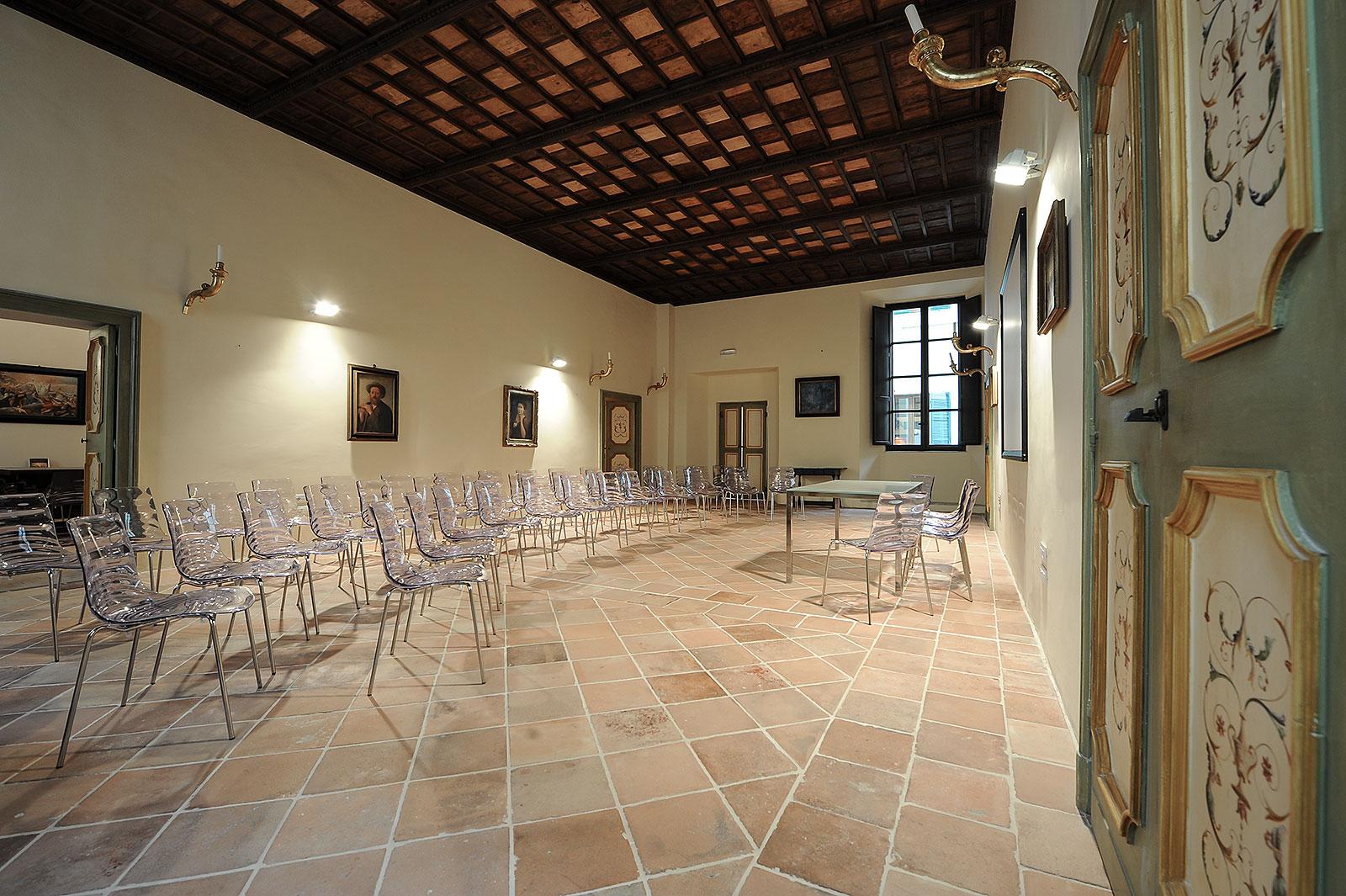 Sala polifunzionale in centro storico a Foligno