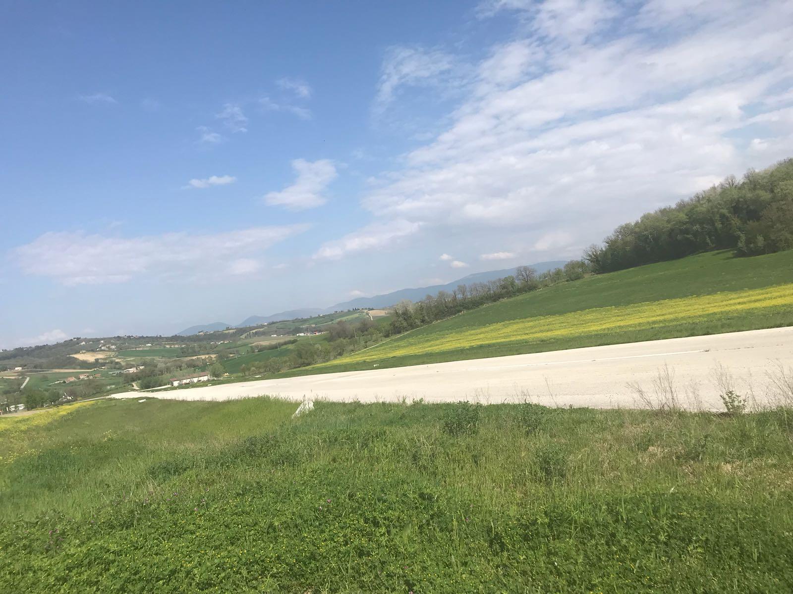 Parco con pista aerea privata in Umbria