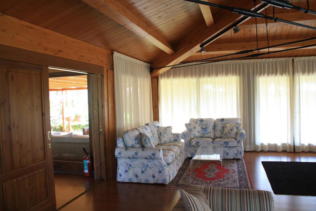Appartamenti vacanza con fattoria didattica e piscina al Lago Trasimeno