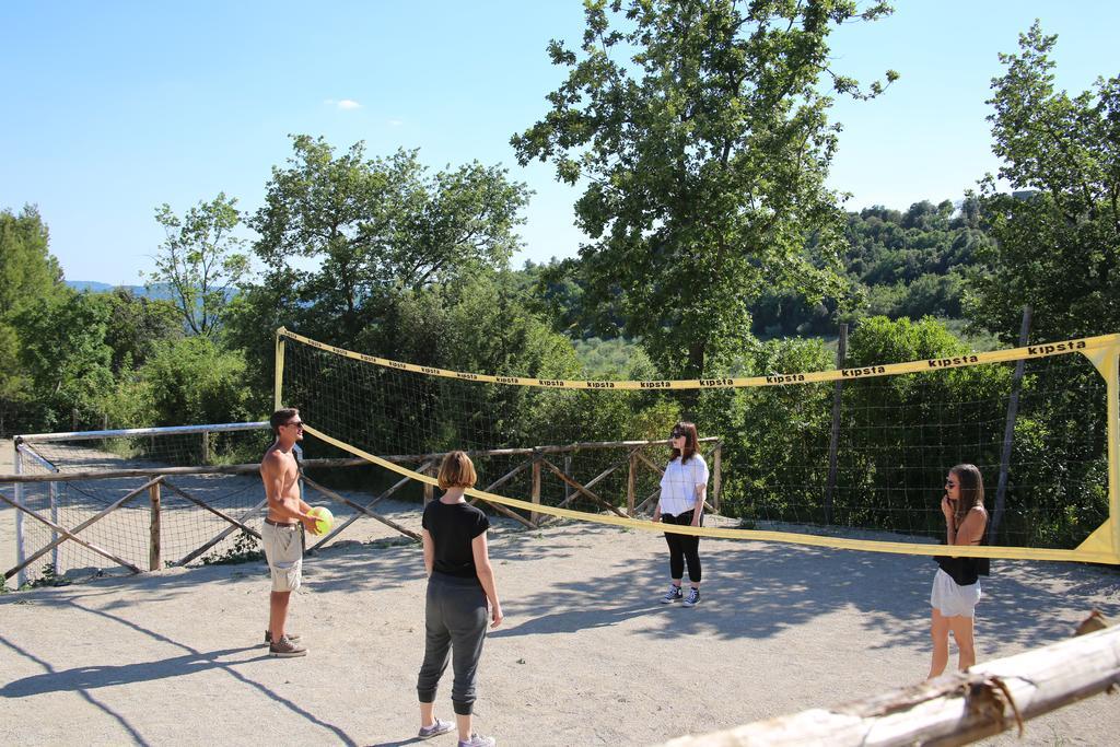 Castello con campo da pallavolo in Umbria
