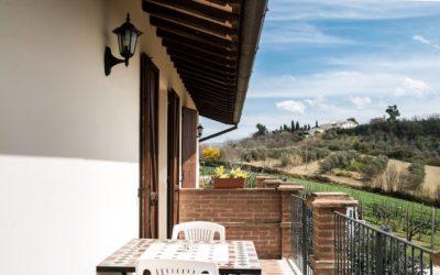 GIUGNO in Agriturismo con Fattoria Didattica e Piscina a Spoleto