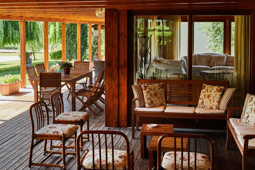 Relais con piscina e ristorante al Lago Trasimeno