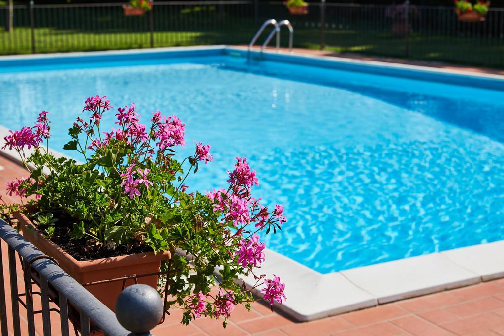 Vacanze con bambini al Lago Trasimeno in agriturismo con piscina