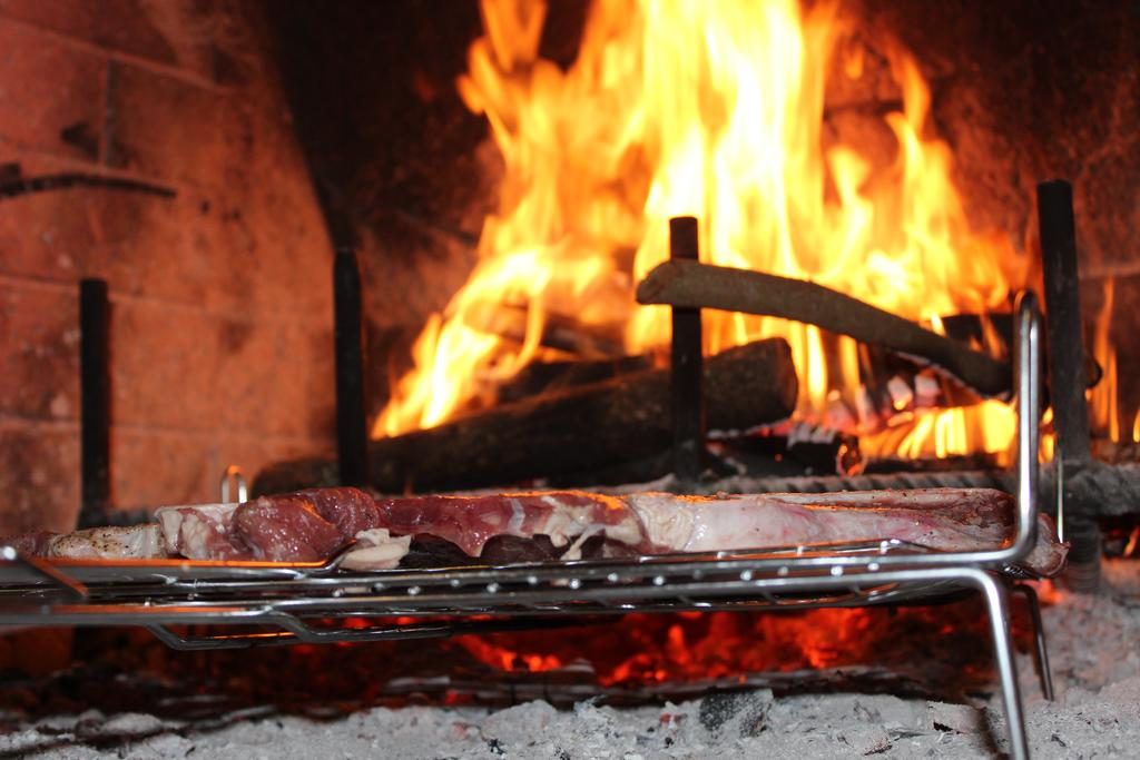 Agriturismo con ristorante a base di prodotti aziendali tra Assisi e Bevagna