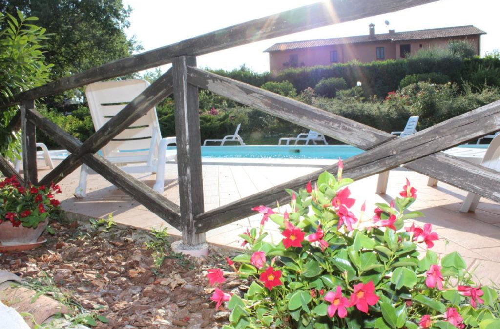 Appartamenti con piscina LE QUERCE SECOLARI per una vera vacanza in Umbria