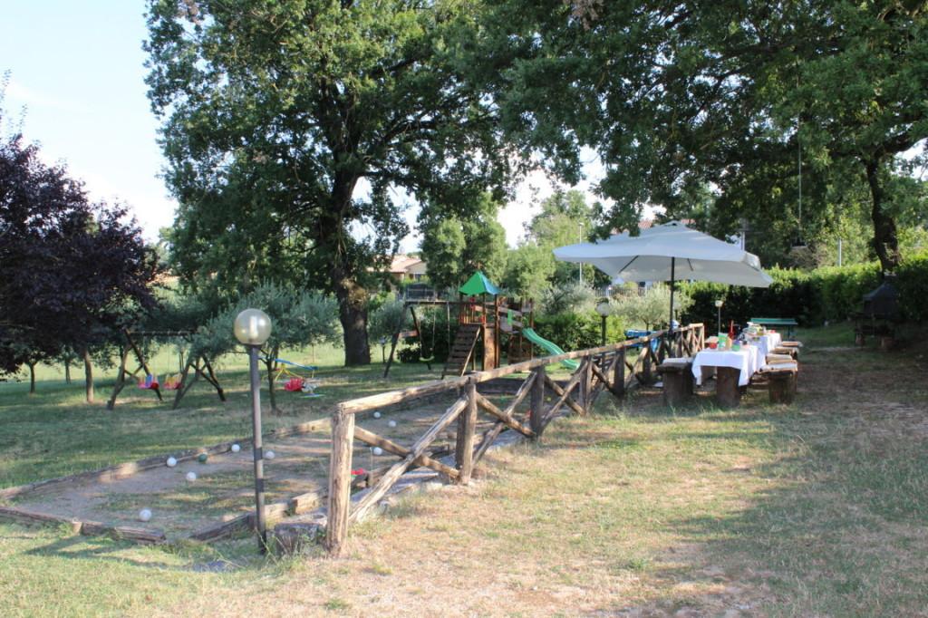 Appartamento vacanza con piscina e parco giochi a Terni