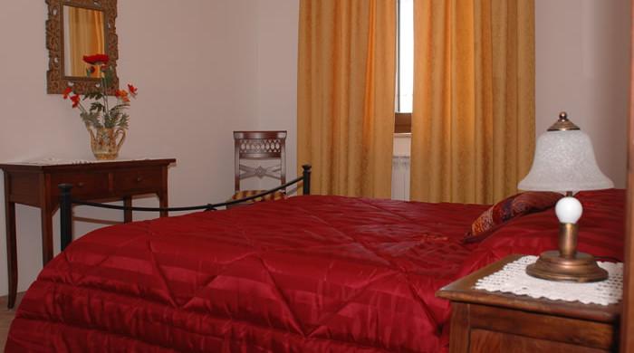 Camera in appartamento per vacanze con bambini ad Acquasparta