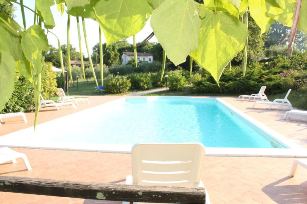 Casa vacanze con piscina ad Acquasparta