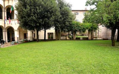 Lastminute Ognissanti in Ostello Dimora Storica Foligno Centro
