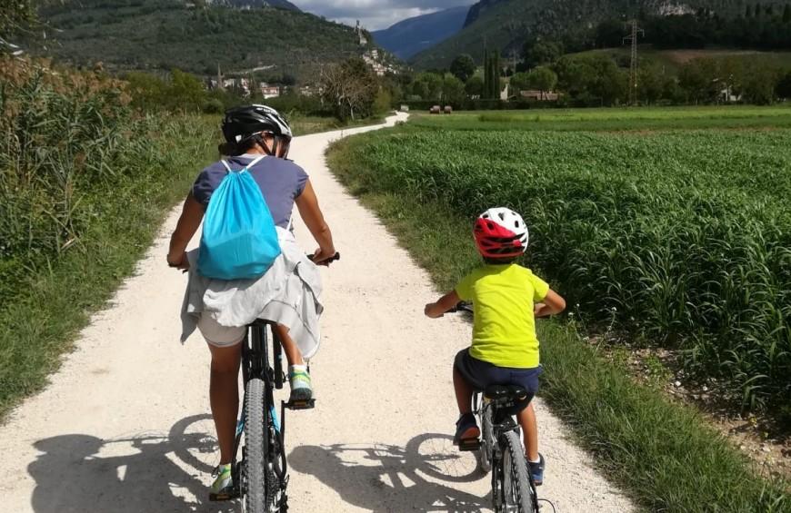 Vacanze con bambini alla scoperta dell 39 umbria in bicicletta for Vacanze con bambini