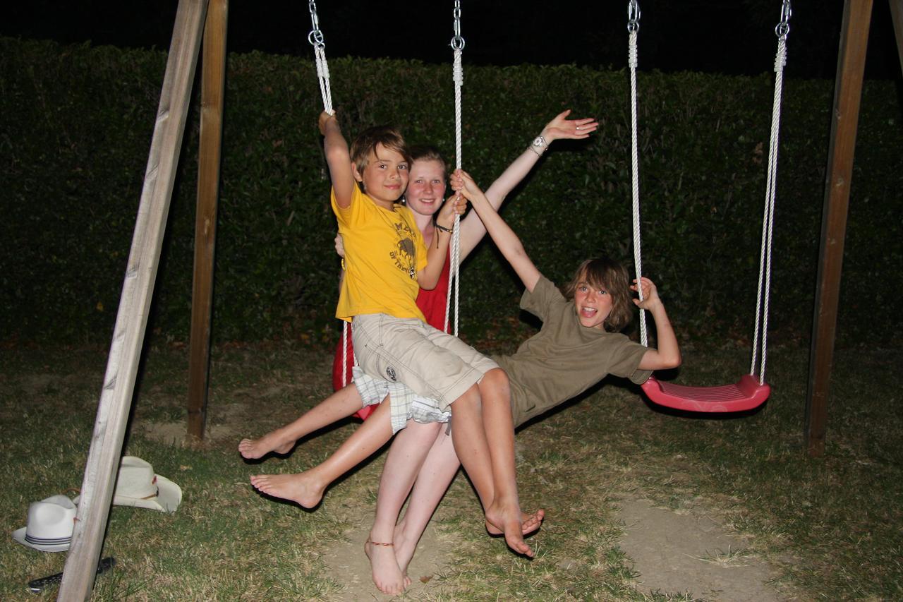 agriturismo con giardino e parco giochi a nocera umbra