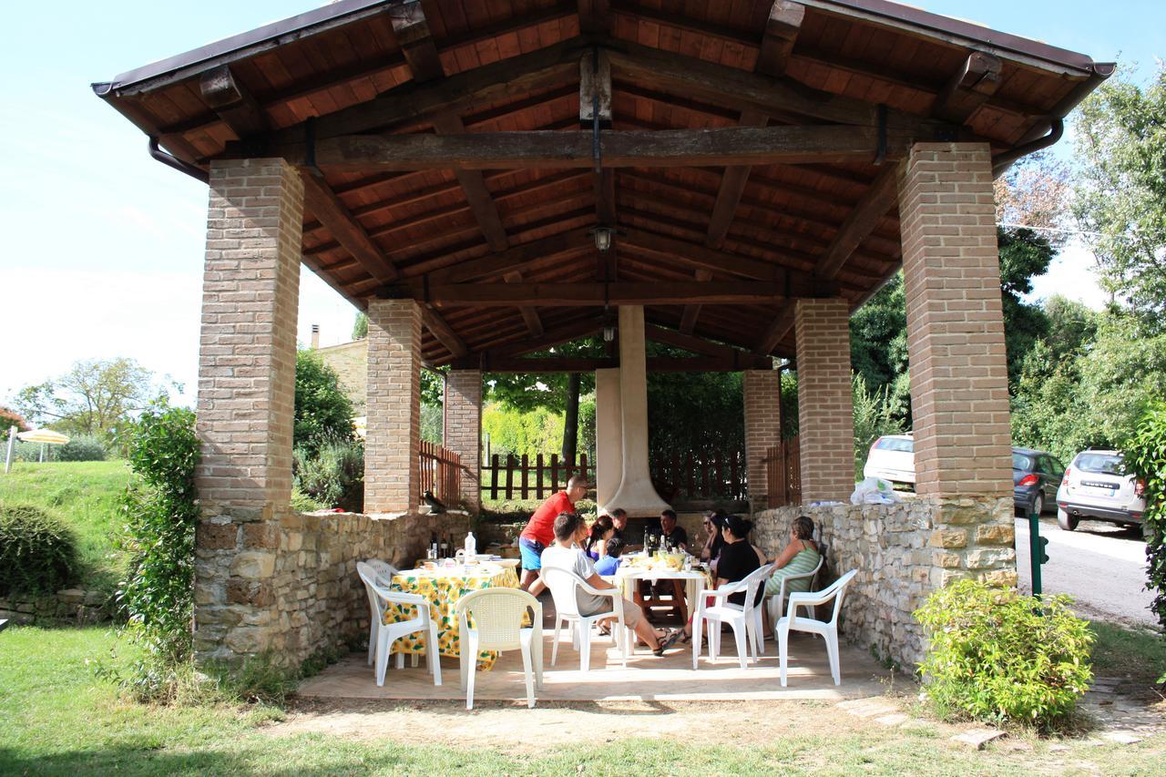 appartamenti con piscina e barbeque vicino assisi