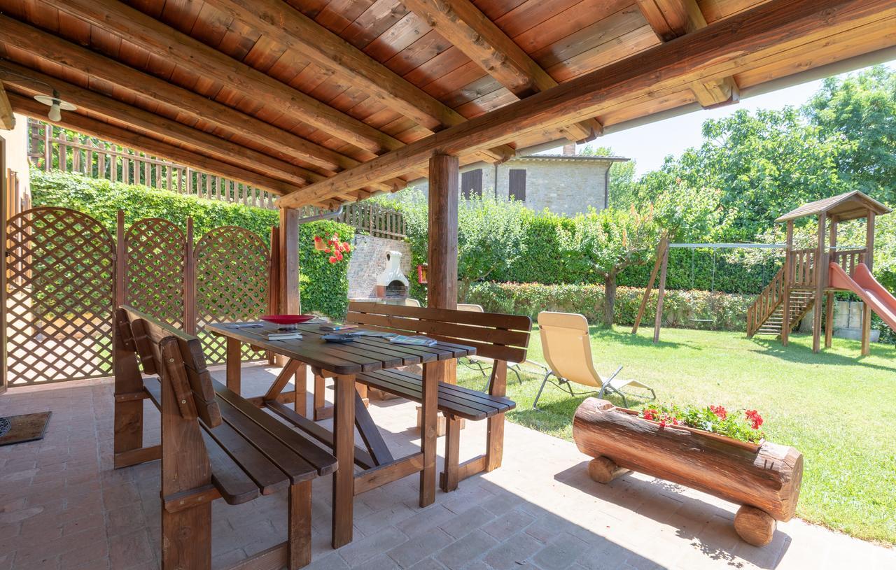 appartamenti vacanza con parco giochi vicino assisi