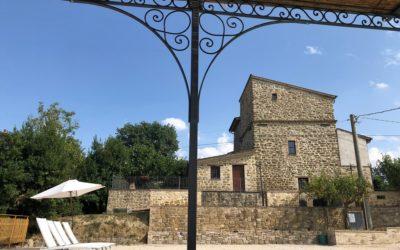 Offerta 2 Giugno in appartamenti con piscina e barbecue ad Assisi